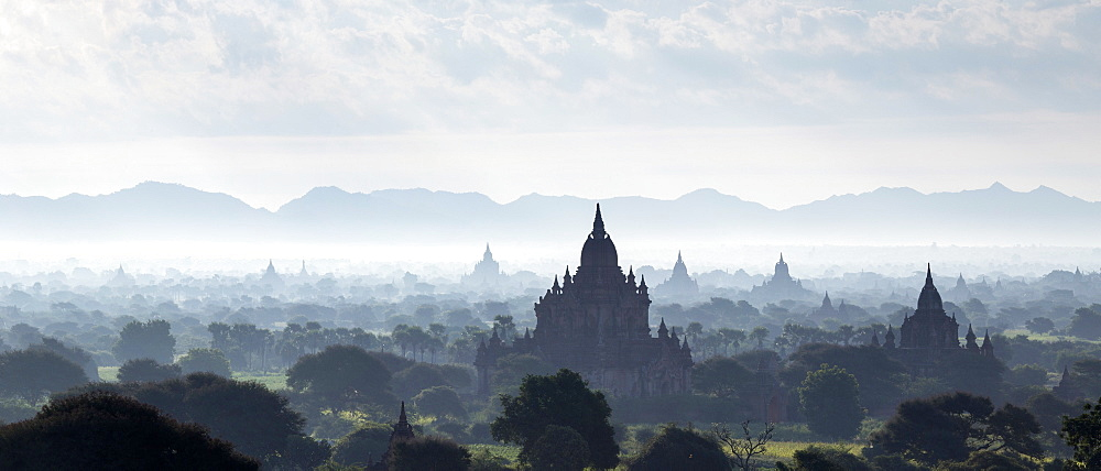North and South Guni temples pagodas and stupas in early morning mist at sunrise, Bagan (Pagan), Myanmar (Burma), Asia - 1170-129