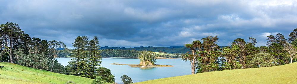 Estuary near Snells Beach, Auckland Region, North Island, New Zealand, Pacific