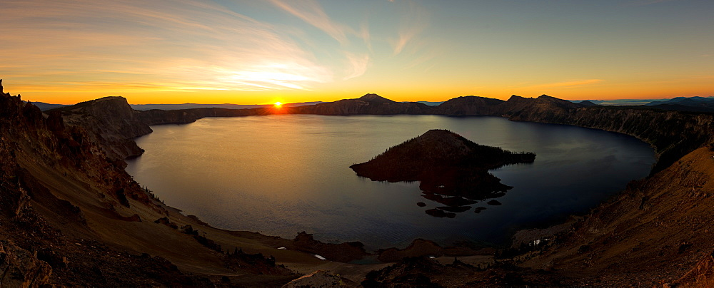 Panorama of sunrise at Crater Lake, Oregon,  United States of America, North America - 1258-2