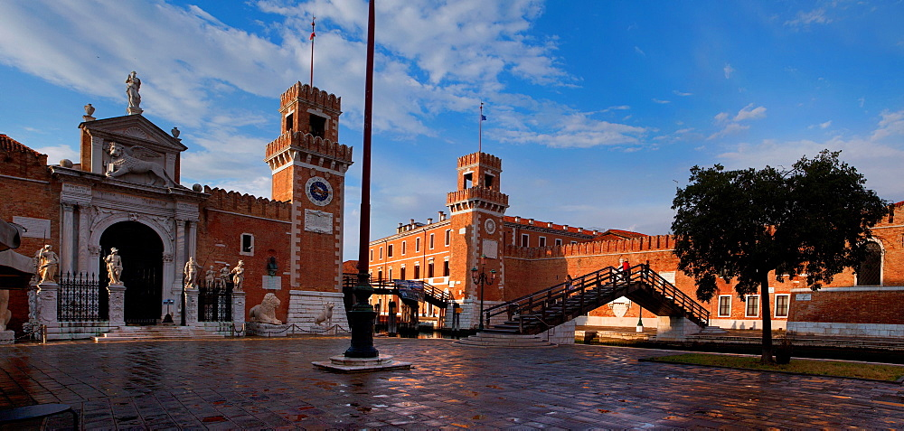 The Venetian Arsenal, Venice, Veneto, Italy, Europe - 1292-1474