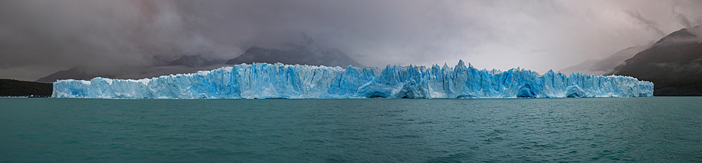 A panoramic view of Perito Moreno Glacier in Los Glaciares National Park, UNESCO World Heritage Site, Santa Cruz Province, Patagonia, Argentina, South America