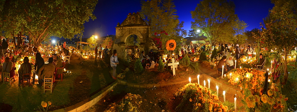 Panoramic view of the Atzompa graveyard during the celebration of Day of the Dead