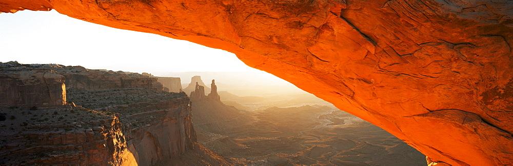 Mesa Arch at sunrise, Canyonlands National Park, Utah, United States of America (U.S.A.), North America