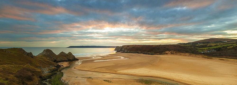 Three Cliffs Bay, Gower, Peninsula, Swansea, West Glamorgan, Wales, United Kingdom, Europe