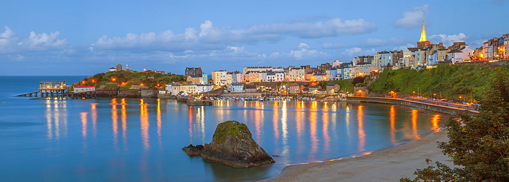 Tenby, Pembrokeshire, Wales, United Kingdom, Europe - 696-801