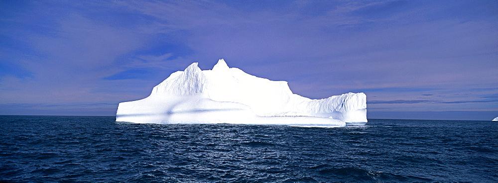 Drifting iceberg, Southern Ocean, Antarctica, Polar Regions - 738-156