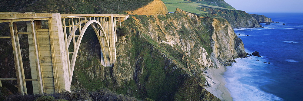Bridge across two cliffs, Bixby Bridge, Big Sur, California, USA - 752-1677