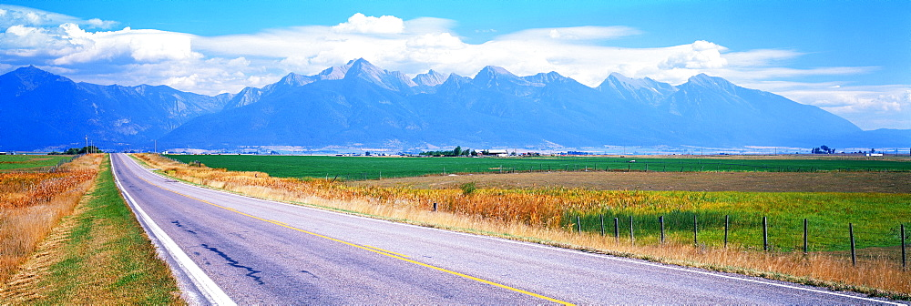 Highway 212 Mission Mountains Flathead Valley MT USA