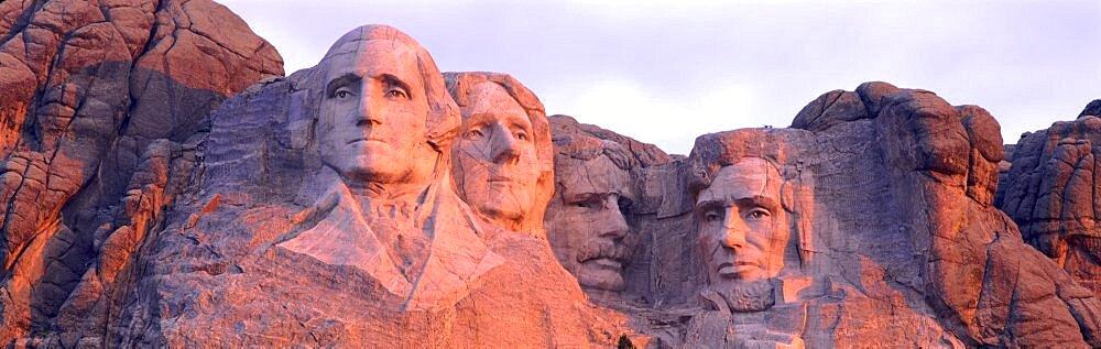 USA, South Dakota, Mount Rushmore - 752-889