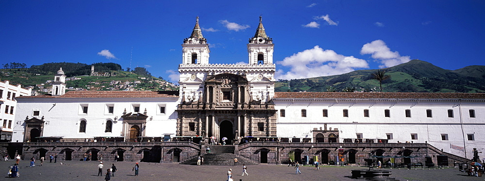 The Monastery of San Francisco 1534 to 1600 the largest colonial building in Quito the main facade on Plaza San Francisco, Old Town area, Quito, Ecuador