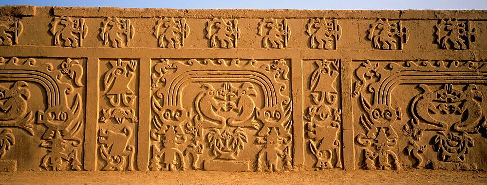 Chimu Culture Chan Chan, 1300-1464AD, capital and world's largest adobe city on 20 sq km near Trujillo relief in Huaca del Dragon (Rainbow Temple), Peru