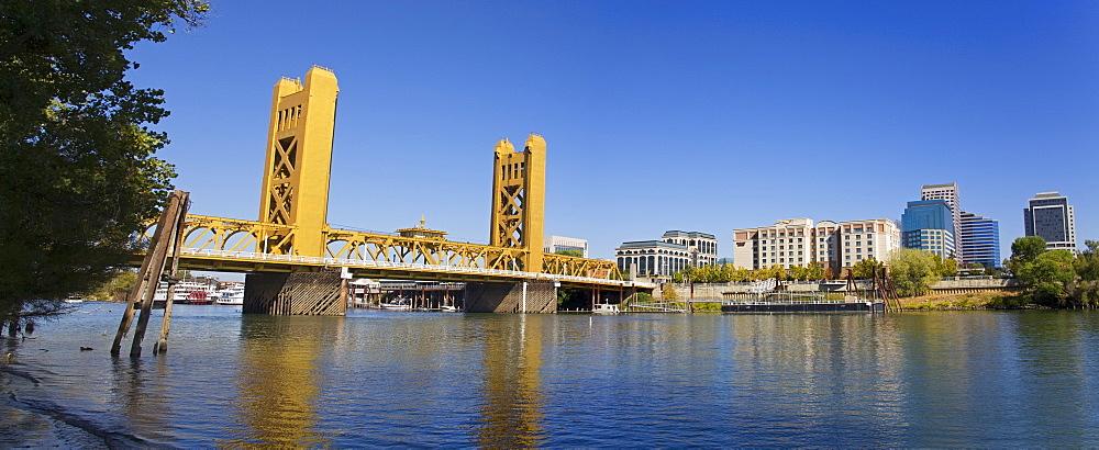 Tower Bridge and Sacramento River, Sacramento, California, United States of America, North America
