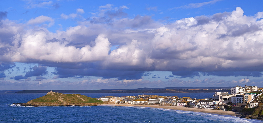 St. Ives and The Island from Clodgy Point, Cornwall, England, United Kingdom, Europe
