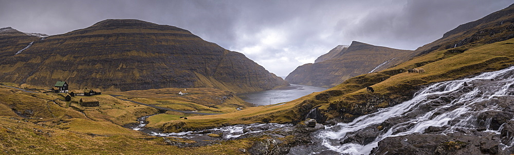 Spectacular mountain scenery at Saksun on the island of Streymoy in the Faroe Islands, Denmark, Europe