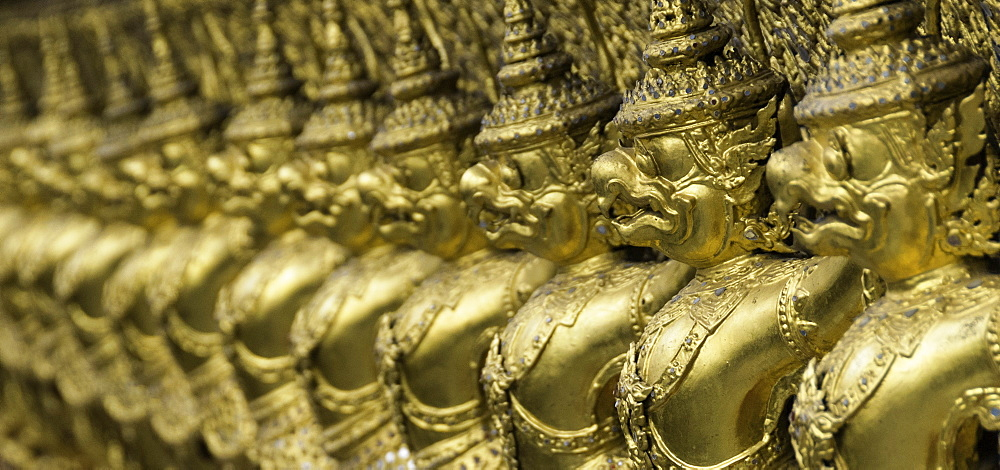 Detail of the Temple of the Emerald Buddha (Wat Phra Kaew), the Royal Palace, Bangkok, Thailand, Southeast Asia, Asia