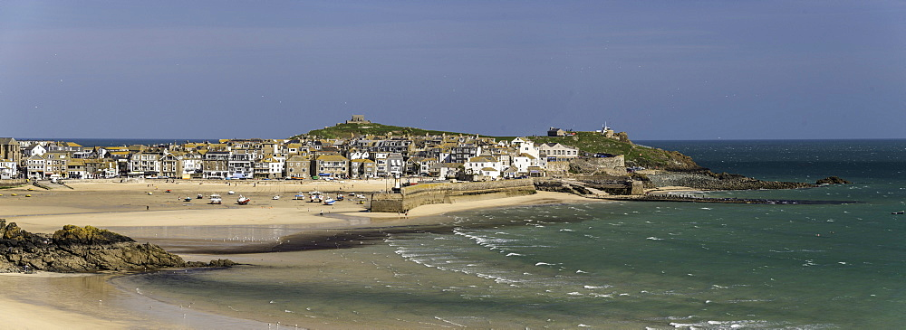 Panoramic picture of the popular seaside resort of St. Ives, Cornwall, England, United Kingdom, Europe - 803-248