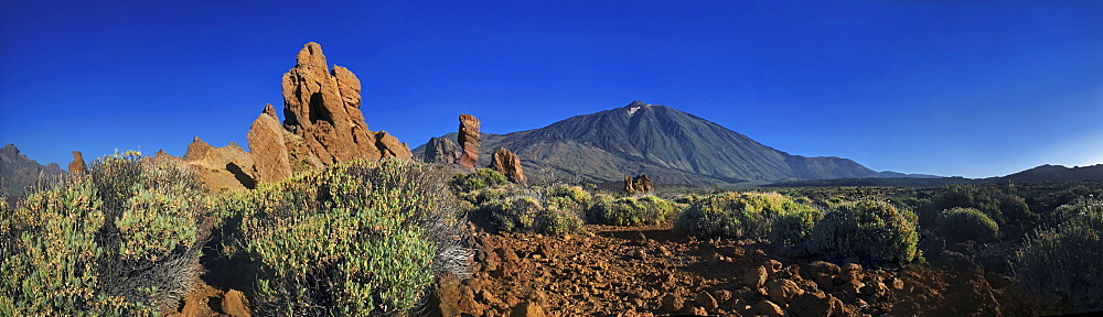 Roques de Garcia, Mount Teide, or Pico del Teide, Tenerife, Canary Islands, Spain, Europe