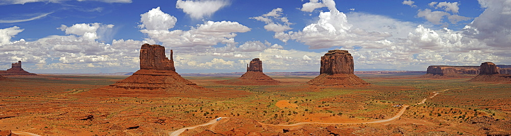Panoramic view of Monument Valley, Mitten Buttes, Arizona, USA
