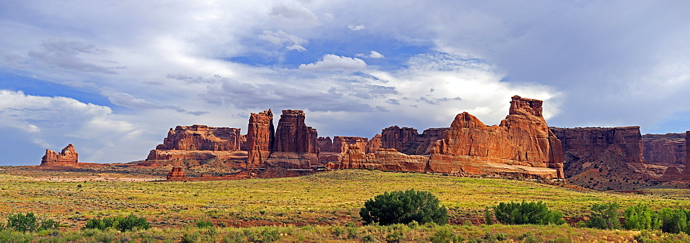 Panoramic view of the Courthouse Towers in the evening light, Arches National Park, Utah, USA