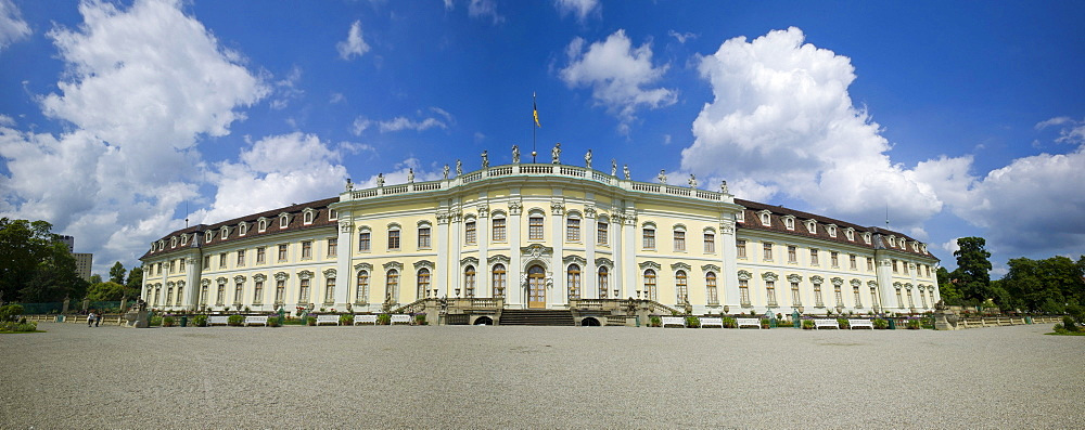 Schloss Ludwigsburg Palace, South Garden, New Corps de Logis, Ludwigsburg, Baden-Wurttemberg, Germany, Europe