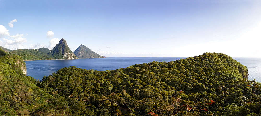 Panorama, Soufriere Bay, Pitons mountains, Saint Lucia, Windward Islands, Lesser Antilles, Caribbean, Caribbean Sea