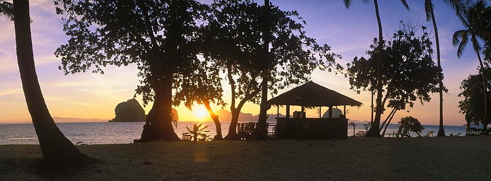 Sunrise on the beach, Ko Hai or Koh Ngai island, Trang, Thailand, Asia