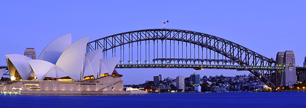 Panorama of the Sydney Opera House, Sydney Harbor Bridge, before dawn, night, Sydney, New South Wales, Australia