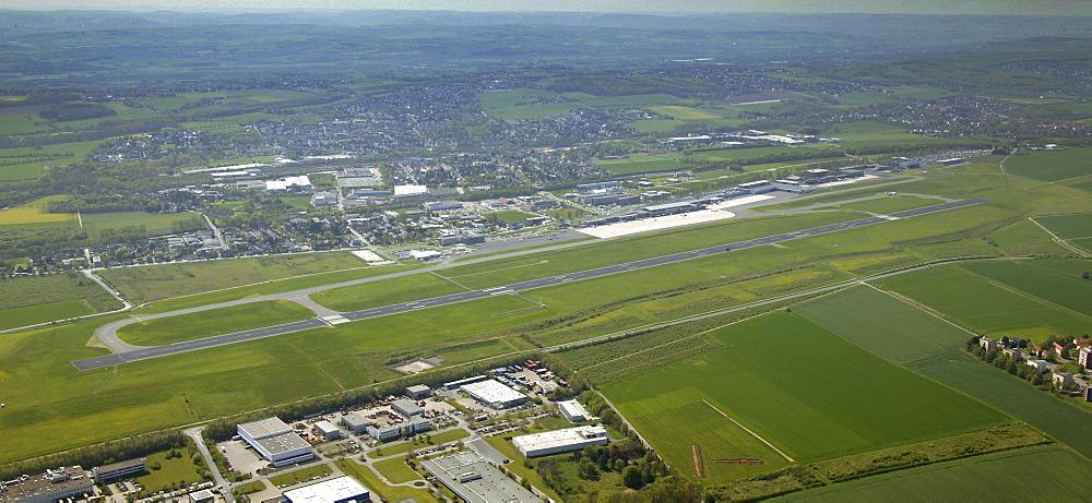 Aerial photograph, runway, Dortmund Airport, Dortmund, Ruhr district, North Rhine-Westphalia, Germany, Europe