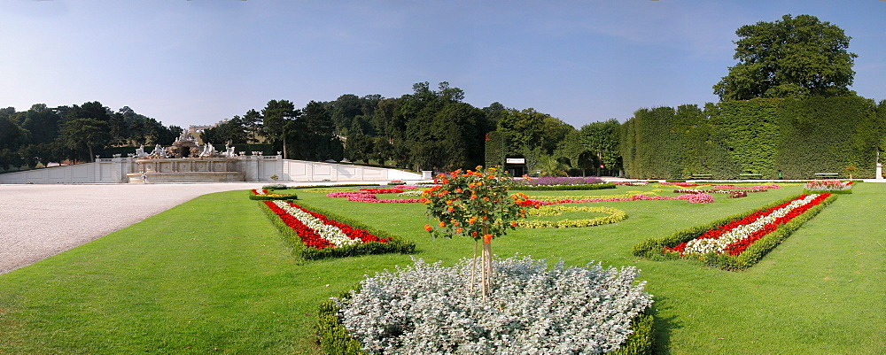 Park in the palace Schonbrunn in Vienna