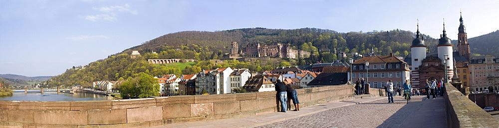 Alte Bruecke, Heidelberg, Baden-Wuerttemberg, Germany