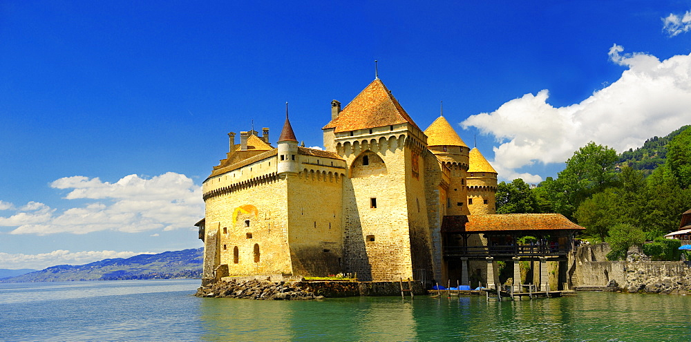 Chillon Castle on Lake Geneva, Montreux, Canton Vaud, Switzerland, Europe