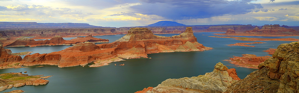 Panoramic view, view at sunset from Alstrom Point to Lake Powell, Padre Bay with Gunsight Butte and Navajo Mountain, Bigwater, Glen Canyon National Recreation Area, Arizona, Southwestern USA, Utah, USA