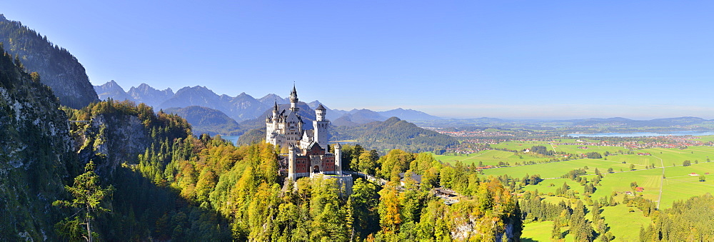 Schloss Neuschwanstein castle, Allgäu, Schwangau, Ostallgäu, Allgäu, Schwabia, Bavaria, Germany, Europe