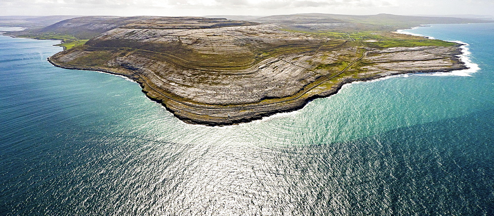Rocky coast of Black Head, in the north of Doolin Burren, Murrogh, Formoyle, sandstone rock formations, County Clare, Ireland, Europe