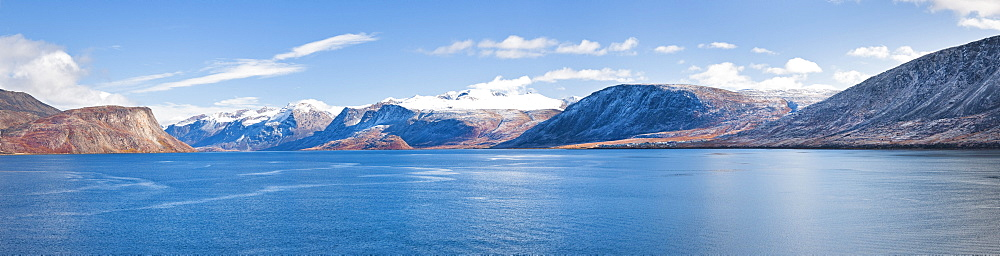 Mountains surrounding town of Pangnirtung, Cape Dyer, Baffin Island, Canada, North America