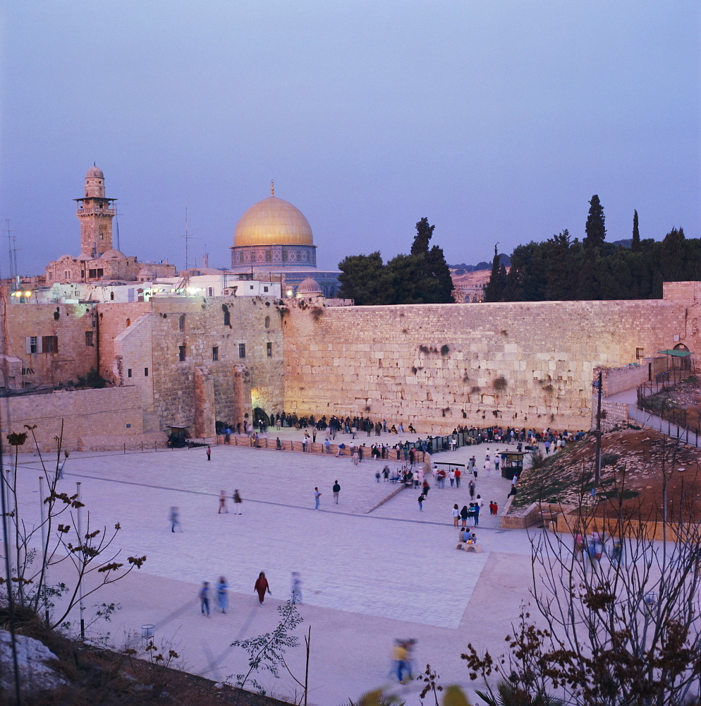 Western (Wailing) Wall and golden dome of the Dome of the Rock, Jerusalem, Israel, Middle East