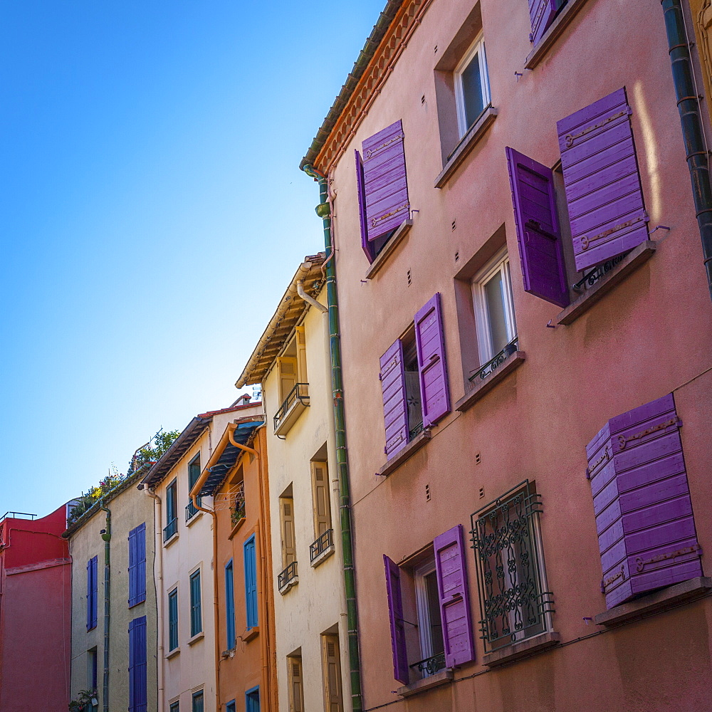 Colourful shutters and facades, Collioure, Pyrenees-Orientales, Languedoc-Roussillon, France, Europe - 10-429