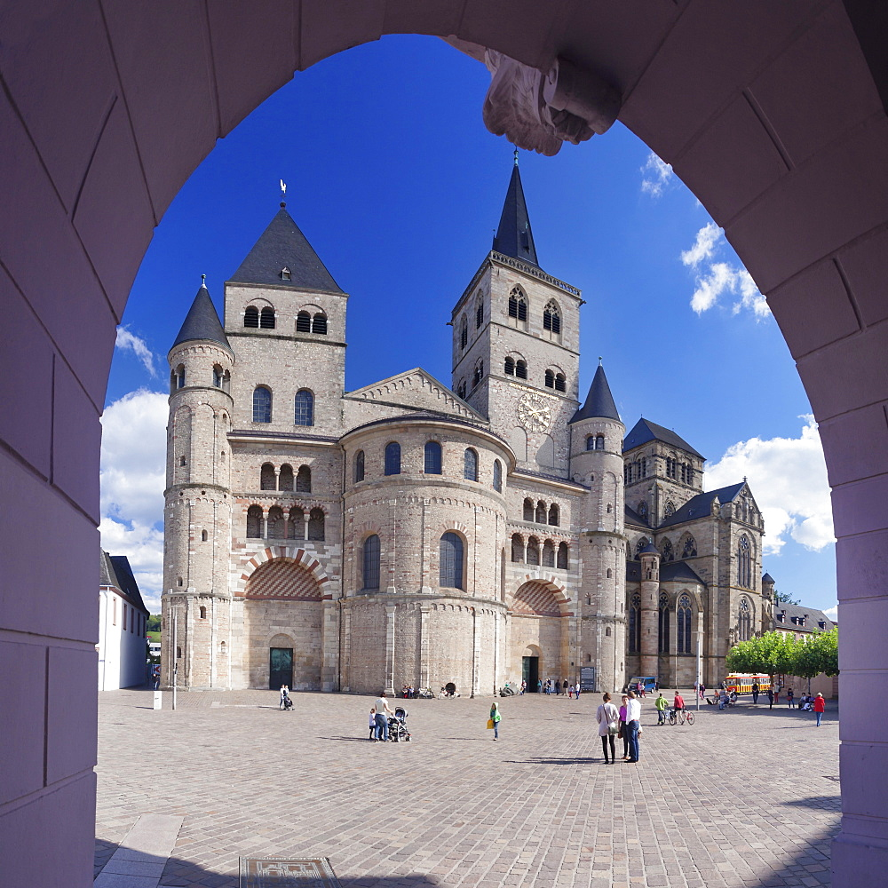 Cathedral of St. Peter and Liebfrauenkirche church, UNESCO World Heritage Site, Trier, Mosel Valley, Rhineland-Palatinate, Germany, Europe