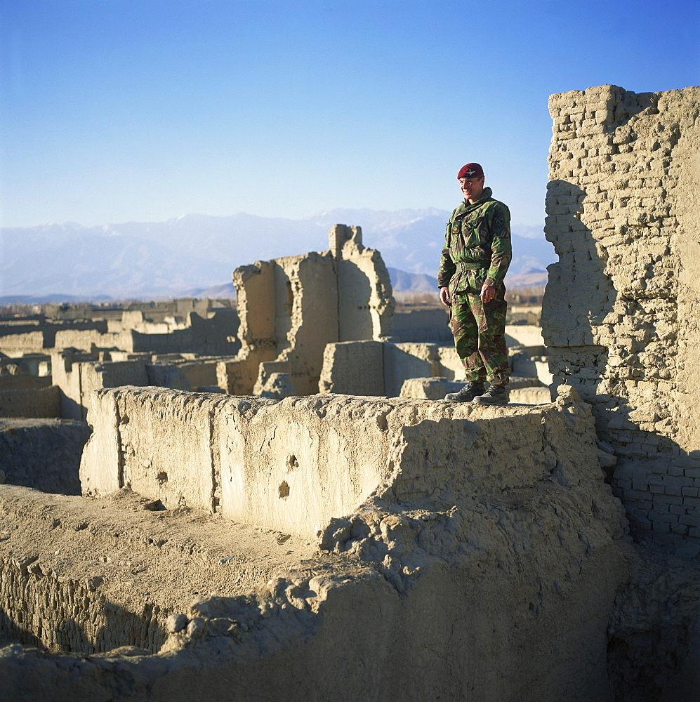 Major Guy Lavender, 2 Para, in South Kabul, Afghanistan, Asia