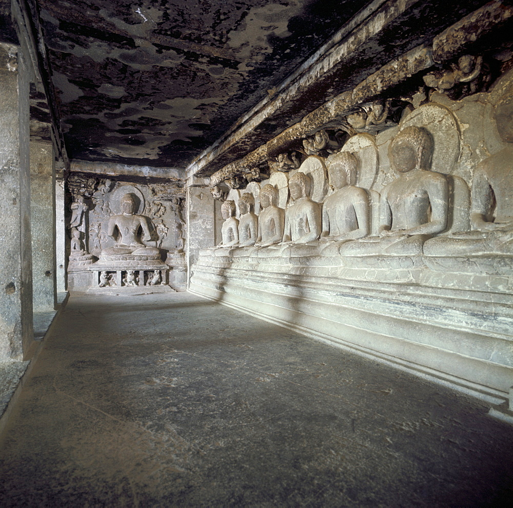 Seven Buddhas under a tree, Cave 12, Ellora, UNESCO World Heritage Site, Maharashtra state, India, Asia