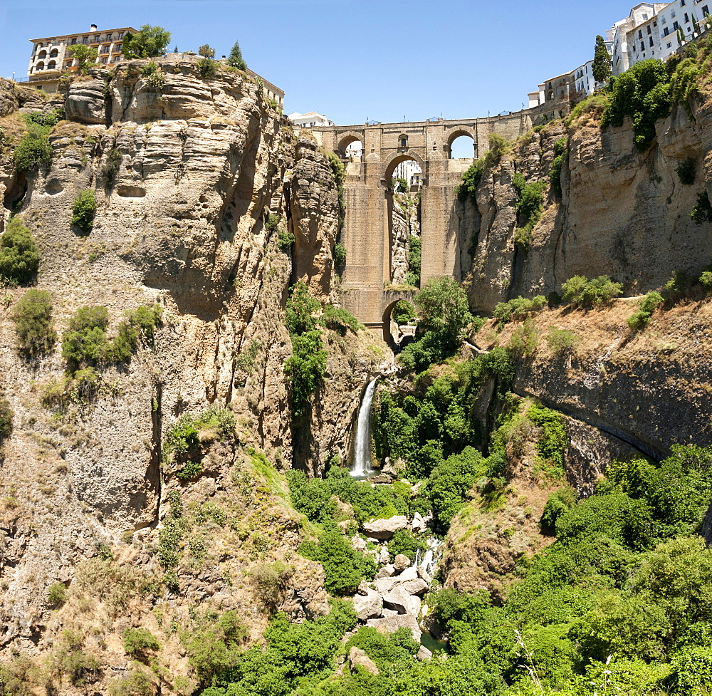 El Tajo gorge and the Puente Viejo, Ronda, Malaga province, Andalucia, Spain, Europe - 29-5393