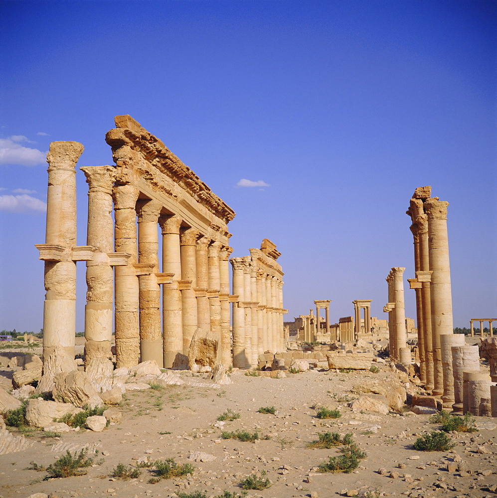 Tetrapylon on Graeco-Roman columned main street, 1st century AD, Palmyra, Syria, Middle East