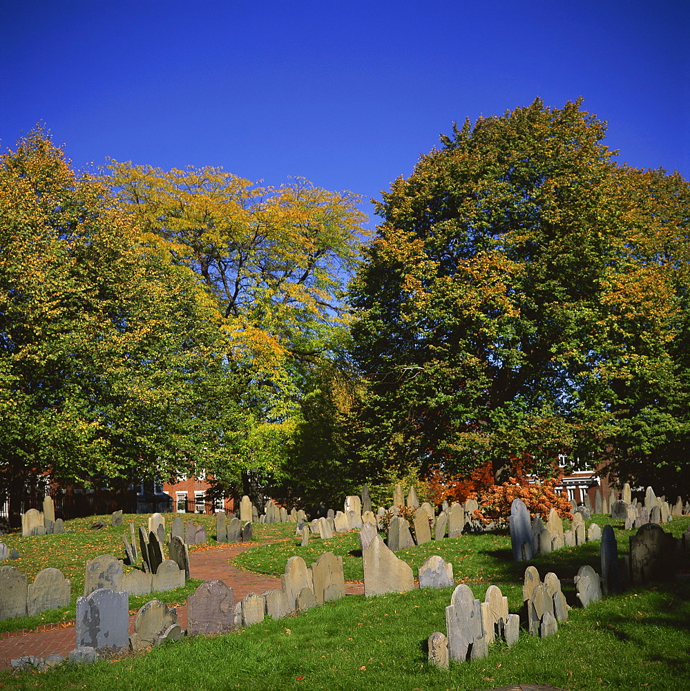 Copp's Hill Burying Ground, including graves from the 17th century of prominent Bostonians, Boston, Massachusetts, New England, United States of America, North America - 391-7024