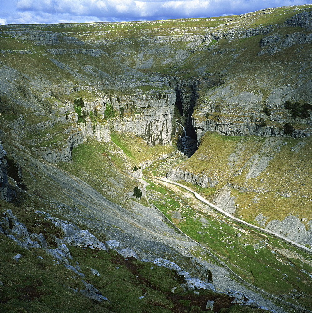 Gordale Scar, Yorkshire Dales National Park, North Yorkshire, England, United Kingdom, Europe - 485-5316