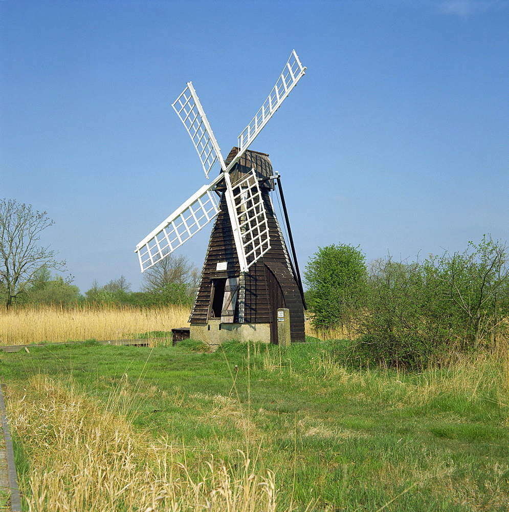 Windmill, Wicken Fen, Cambridgeshire, England, United Kingdom, Europe
