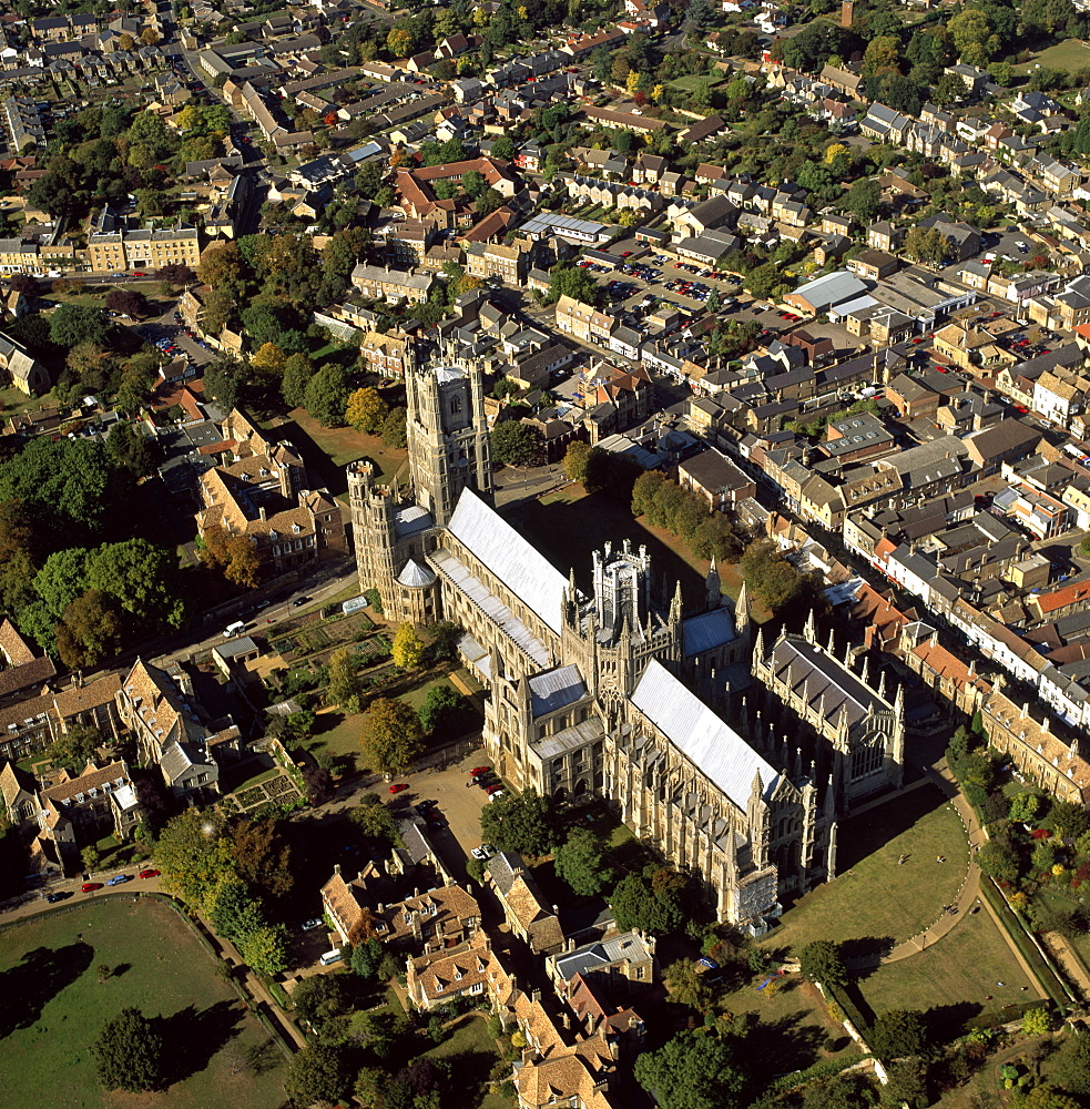 Aerial view of Ely Cathedral, (Cathedral Church of the Holy and Undivided Trinity), known as the Ship of the Fens, Ely, Cambridgeshire, England, United Kingdom, Europe