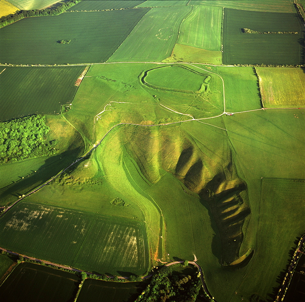 Aerial image of the Uffington White Horse with Uffington Castle hill fort, Berkshire Downs, Vale of White Horse, Oxfordshire, England, United Kingdom, Europe