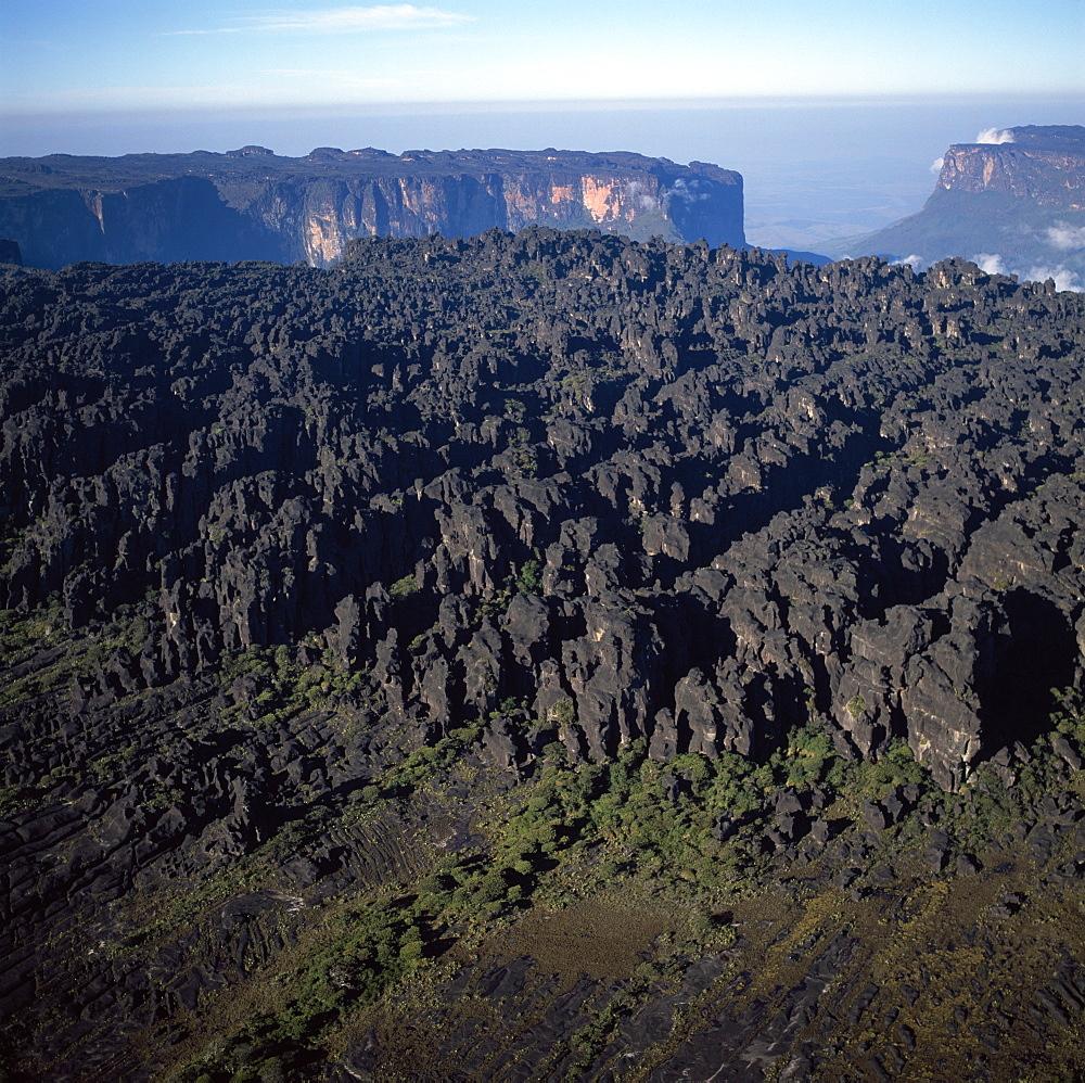 Aerial image of tepuis showing the summit of Mount Roraima (Cerro Roraima), Venezuela, South America