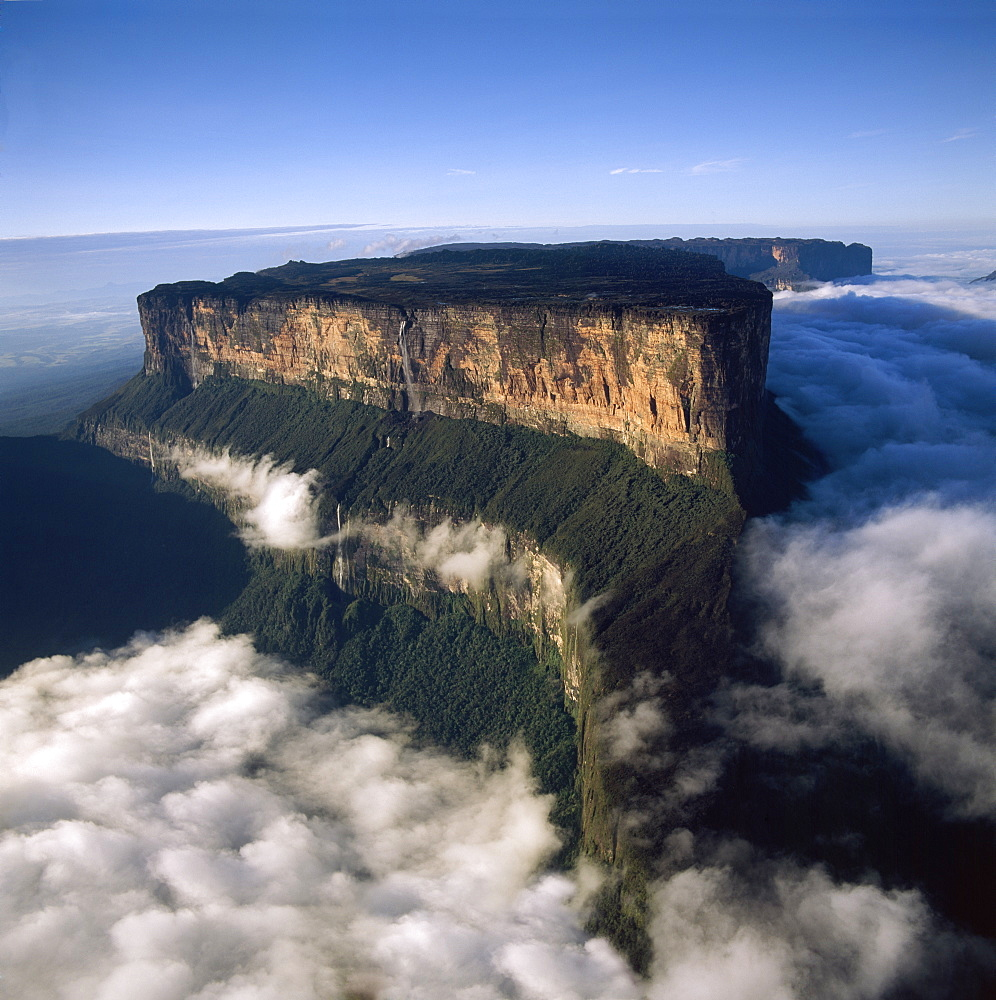 Aerial image of tepuis showing Mount Roraima (Cerro Roraima) from the north, Venezuela, South America