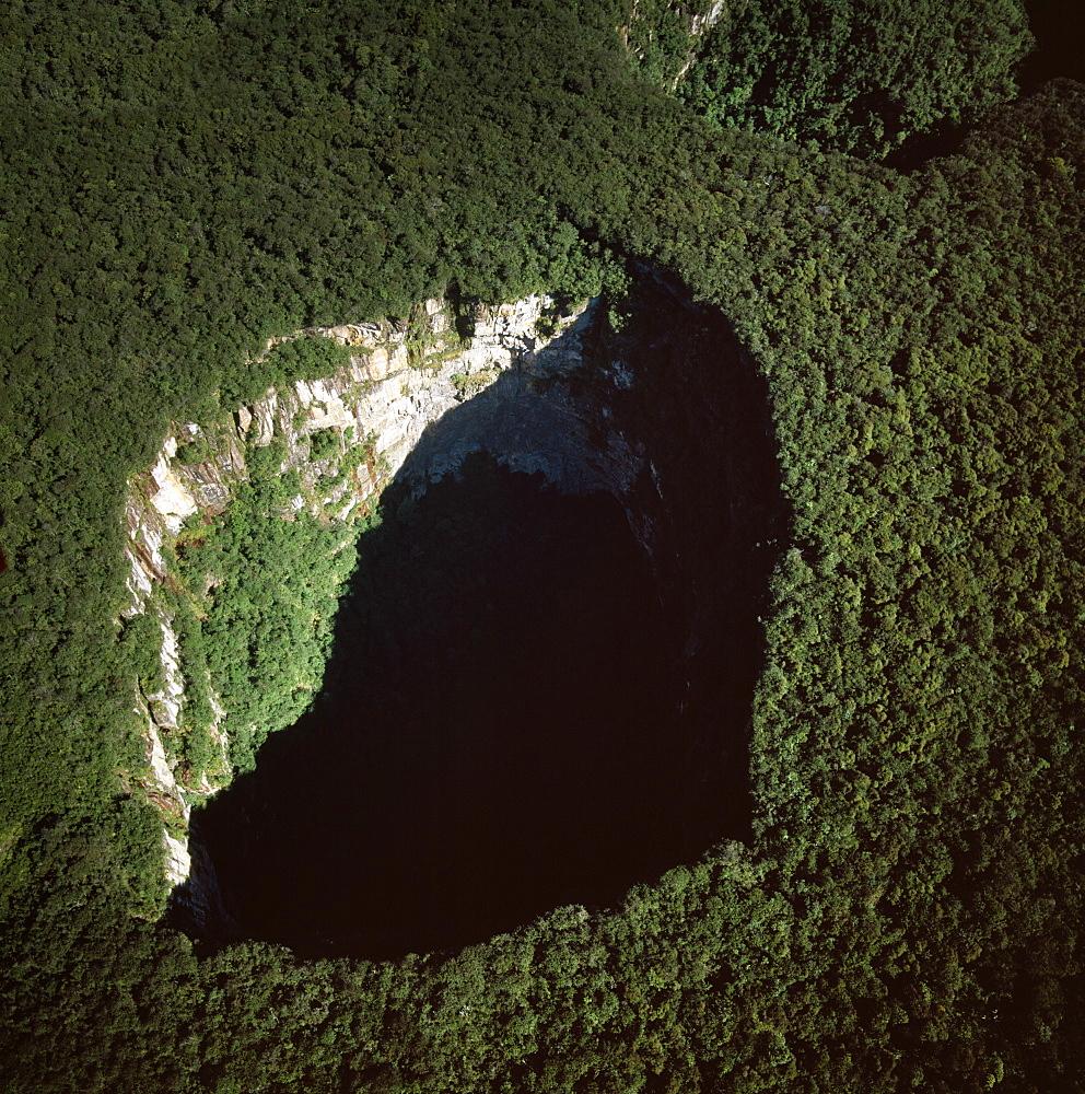 Aerial image of Sarisarinama Sinkhole, Jaua-Sarisarinama National Park, Tepuis, Bolivar State, Venezuela, South America